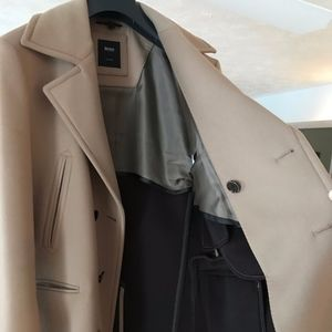 Hugo Boss Double-breasted Peacoat. 42R.